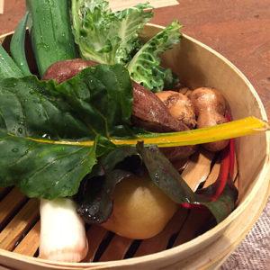 【卒業:木曜夜枠のお店紹介】自然農のお野菜と即興料理。コ・ラボ おやぢ食堂