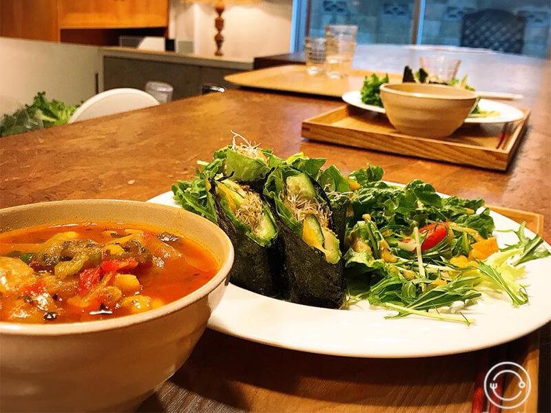 【月曜昼枠のお店紹介】お豆のスープとローフード・ロースウィーツのお店@Peace